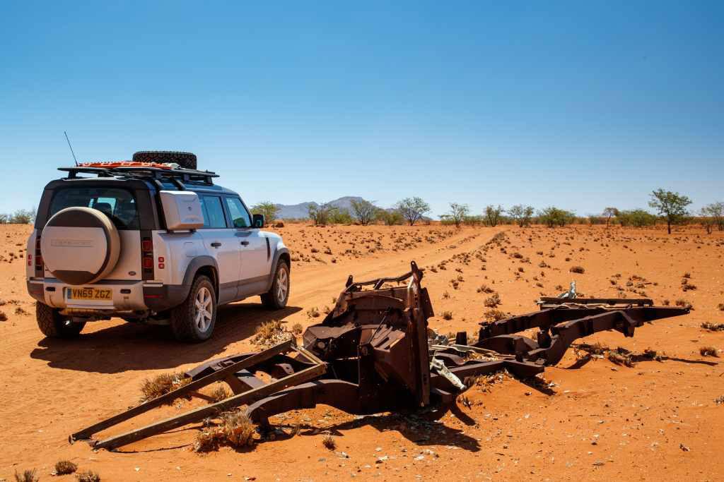 LR_DEF_20MY_NAMIBIA_03