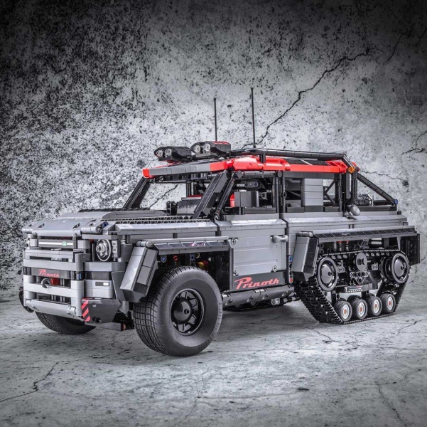 1-lego-land-rover-defender-