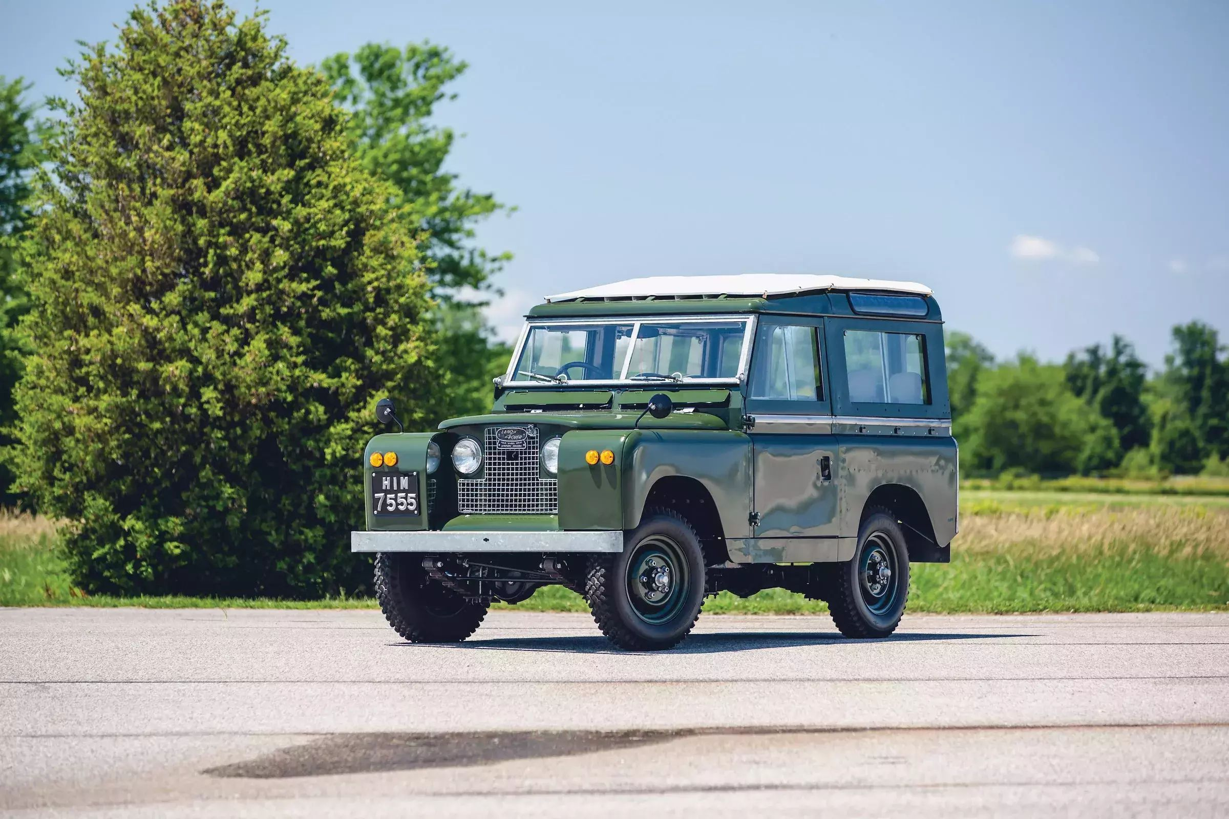 Land-Rover-Series-2A-1