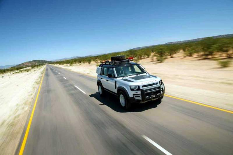 LR_DEF_20MY_NAMIBIA_ONROAD_