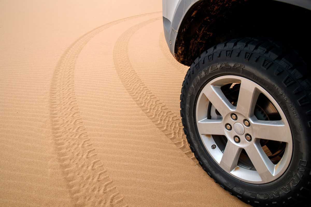 Land-Rover-Defender_2