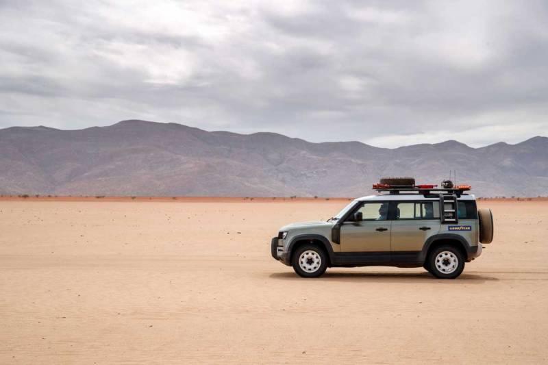 Land-Rover-Defender