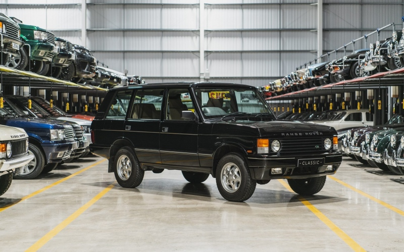Range-Rover-LSE_trans_NvBQzQNjv4BqXkZFro0NjOykgoXy1hUQBrWs9Pqf5HgPAMAdaj2znTk